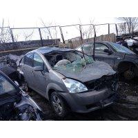 Продам а/м Toyota Corolla Verso битый